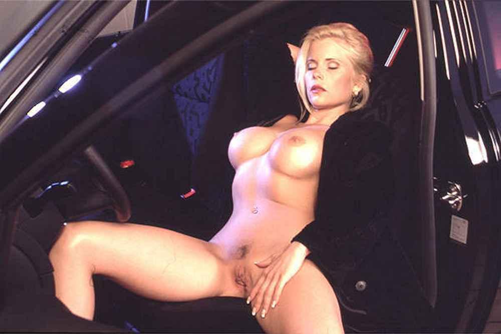 Gina Wild 4